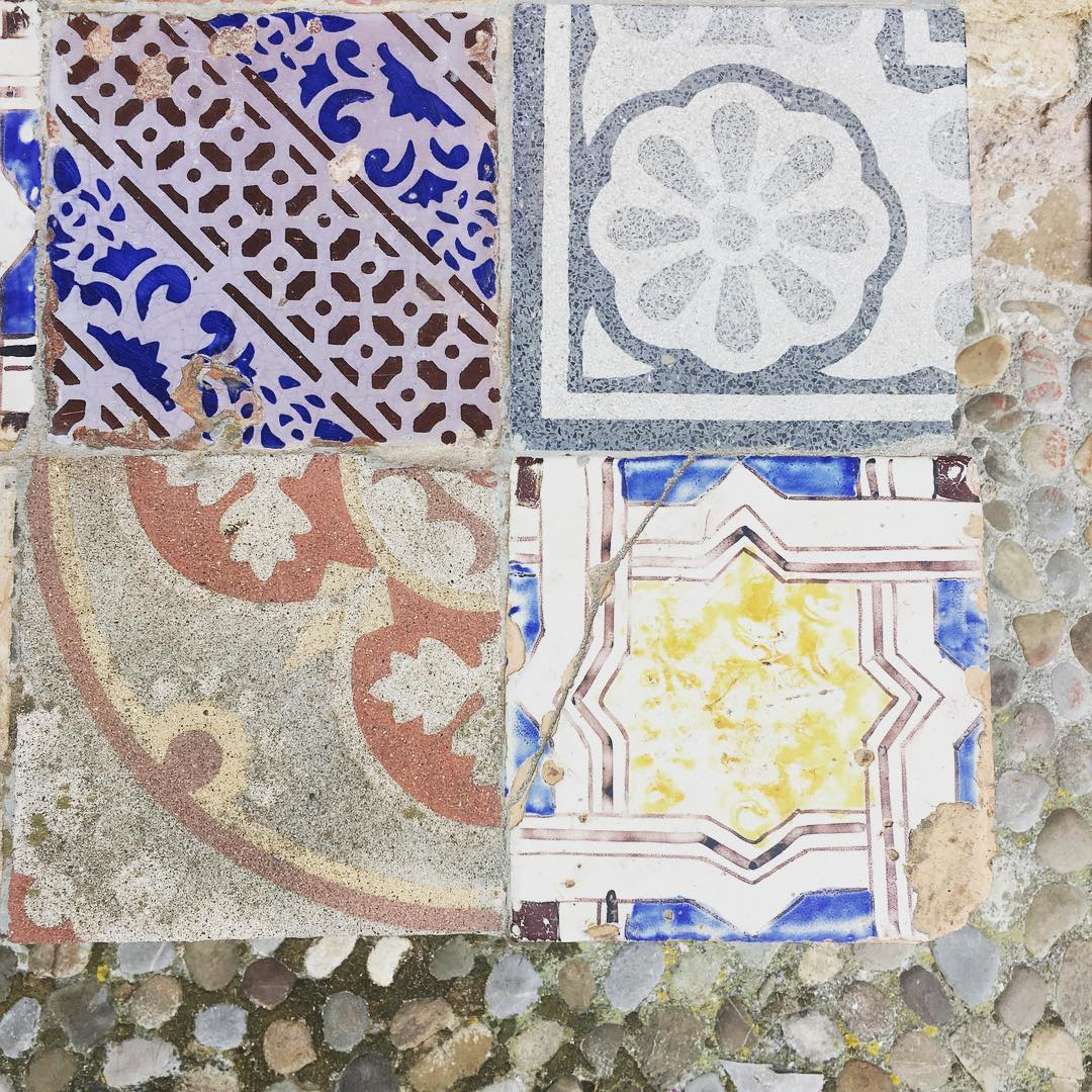 Beautiful tiles outside our room in #sicily #19thcentury #inspiration #vintagestyle