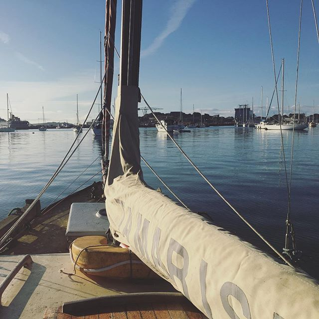 Morning view of Falmouth after a peaceful night onboard our little boat… #lifeonboard #boatadventures #boatlife #homewithaview #woodenboat #hillyard