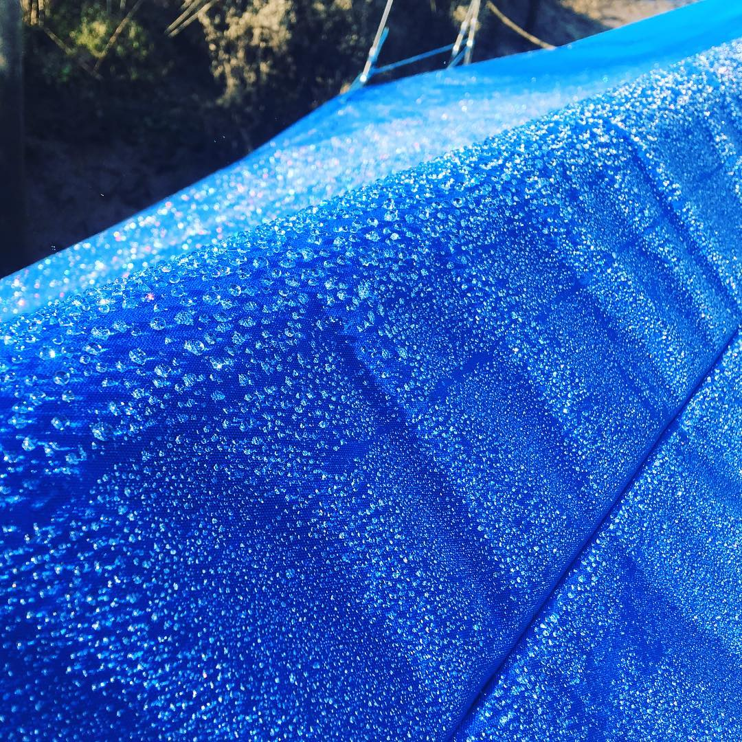 Sparkling water droplets on the boat cover in the morning #coldmornings #lifebythewater #boatlife