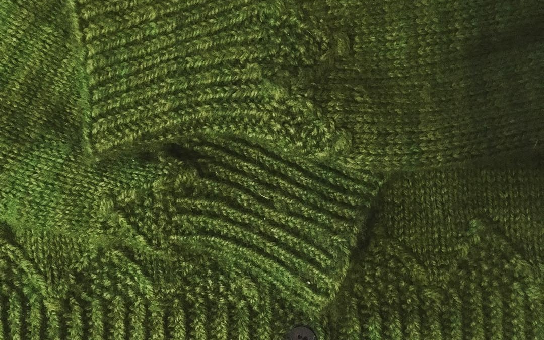 Blocking a little green cardigan… really please with the stitch texture and it ended up the right size!  The pattern is #nethertoncardigan by @lydia_shmidia features in @pompommag and the yarn is by @triskelionyarn  #handknit #welshyarn #madebyhand